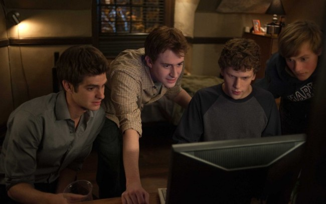 L-r-Andrew-Garfield-Joseph-Mazzello-Jesse-Eisenberg-and-Patrick-Maple-in-Columbia-Pictures-The-Social-Network.-Photo-By-Merrick-Morton-14-960x602